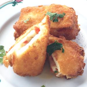 マコモタケのモッツァレッラ イン カロッツァ(チーズフリット)